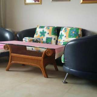 Good Quality Sofa Set for sale including Glass Top Coffee table