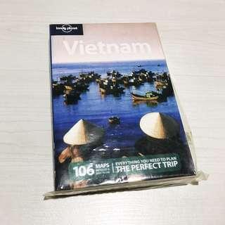 Lonely Planet Guidebook Vietnam