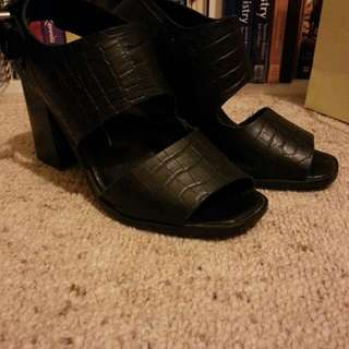 Leather High Heel MISS SOFIE shoes
