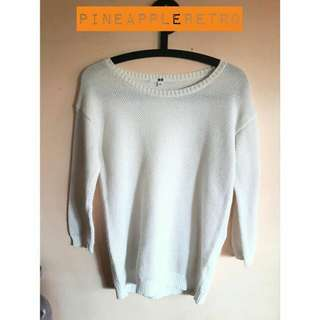 Uniqlo White Knitted Longsleeves
