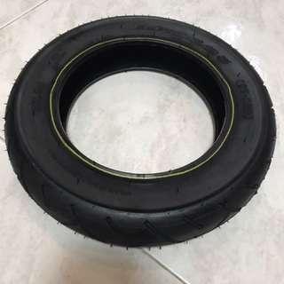 Tyre 10 X 2.125 (57-152)
