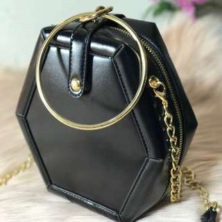 CHRISCEL (Cross Body Bag)
