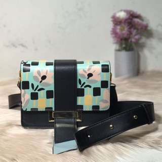 DAISY (Flap Cross Body Bag)