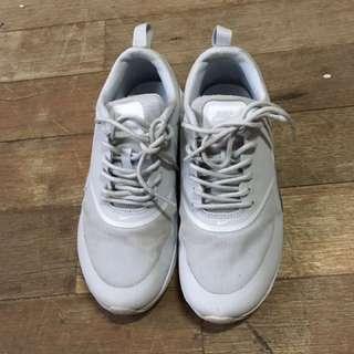Nike Airmax Thea Grey Size5