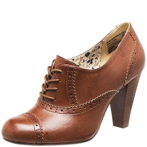 American Eagle Oxford Heels!