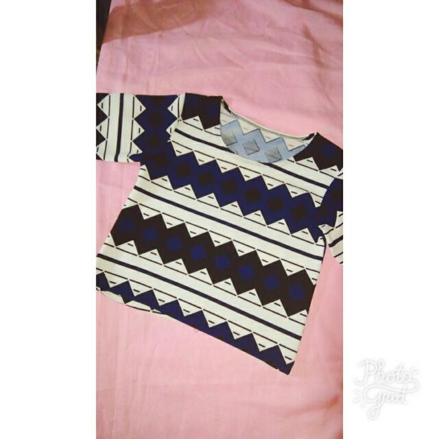 Aztec Print Cropped Top