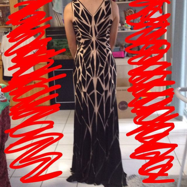 Black And Nude Formal Dress