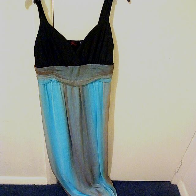 Blue/gold long balldress (formal)