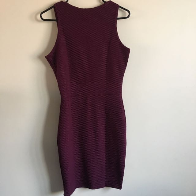 Brand New (With Tags) Boohoo Purple Bodycon Plunge Dress
