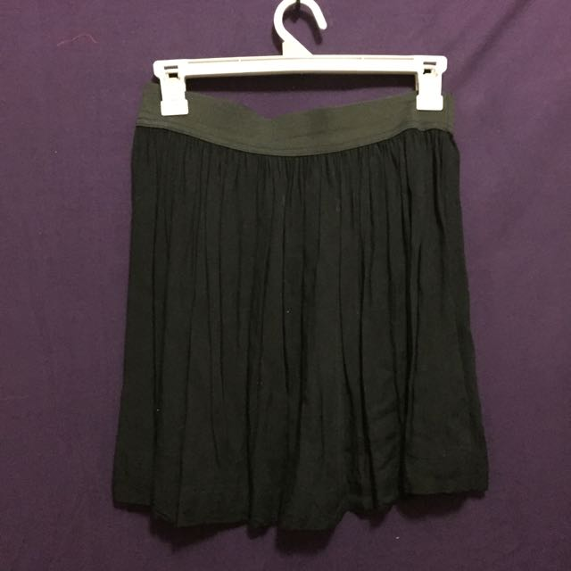 Cotton On Pleated Elastic Black Skirt Size 10