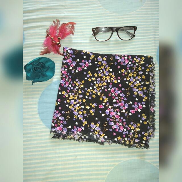 Flowery Black Hijab