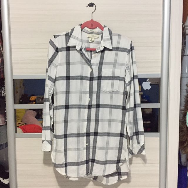 H&M White Cube Blouse