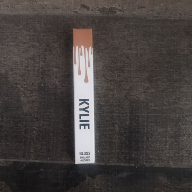 Kylie Jenner Lipgloss In Exposed