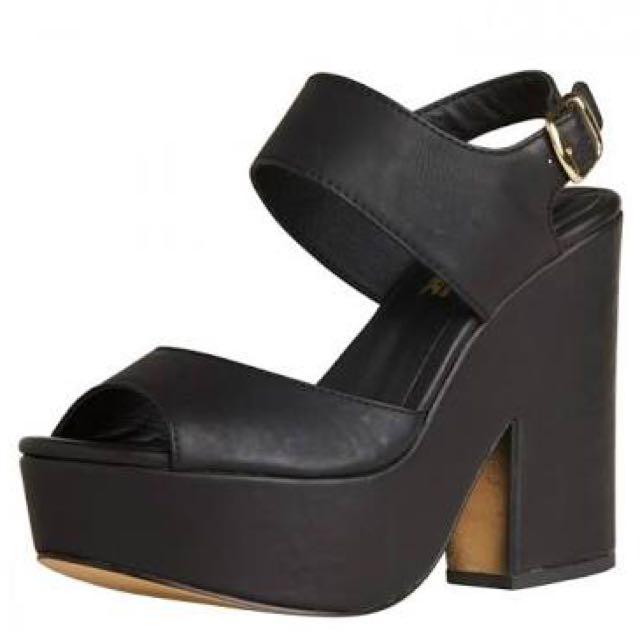 Lipstik Jameson Heels In Black Size5