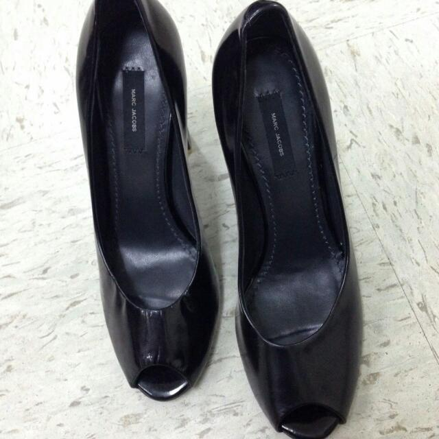 Marc Jacobs, size 7