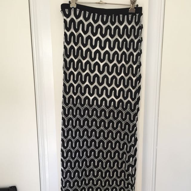 🌷Noughts And Crosses Maxi Skirt🌷