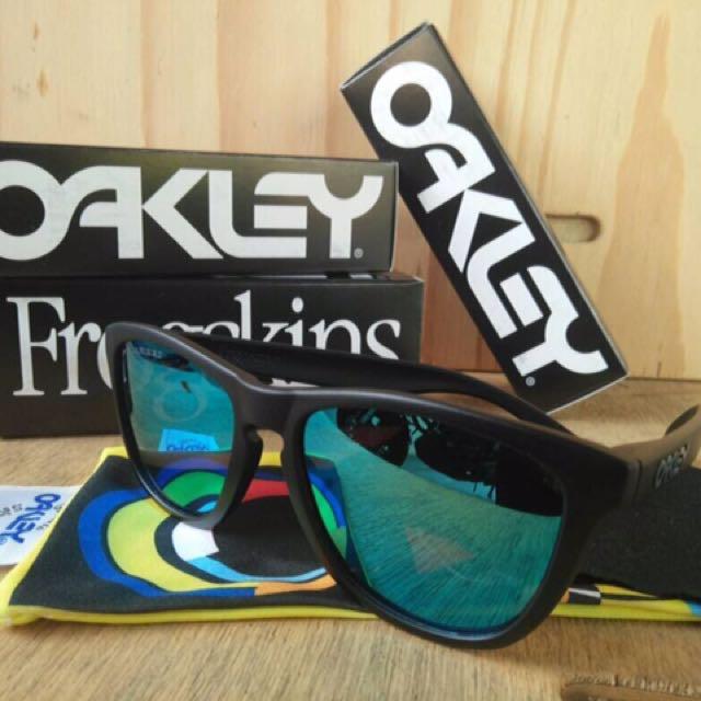 c9a715c69c Oakley Frogskins   Rayban Polarized Sunglass Grade AAA