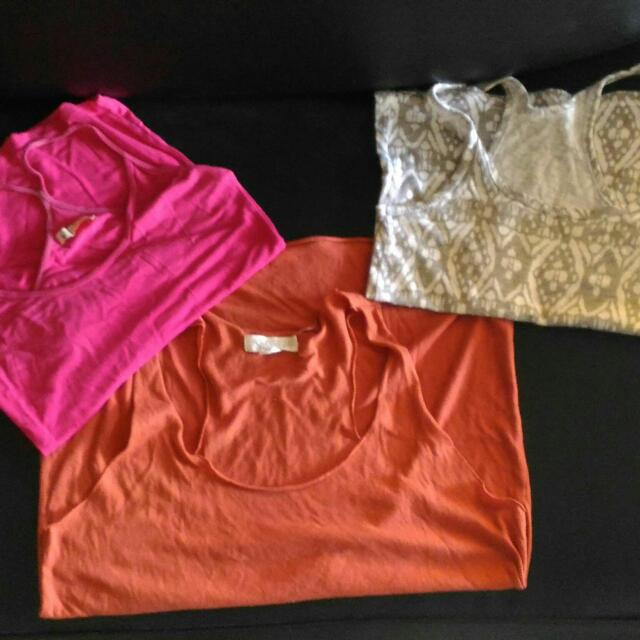 one forever21 sleevesless with two unbranded sleeves