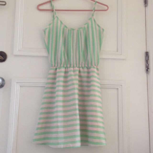 Penshope Light Green Dress