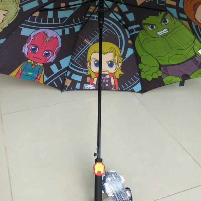 Super Hero MARVEL AVRNGERS 超人傘 有Thor, Iron Man, Hulk 原價$169 現六折出售$100