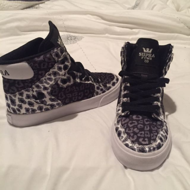 Supra High Tops Size 5