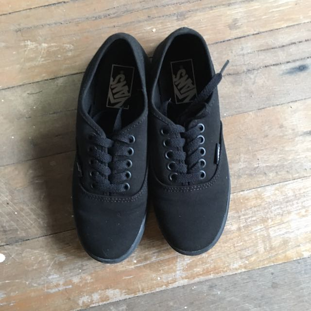 4584476960 VANS All Black Sneakers Size5