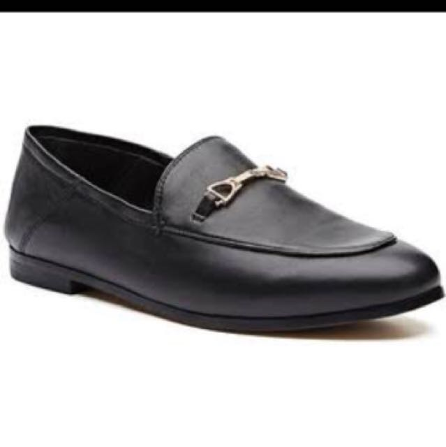 WANT TO BUY! Witchery lauren Loafer