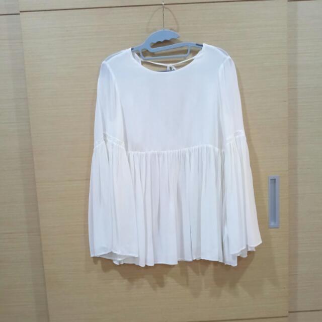 zara純白水袖罩衫式上衣 s號