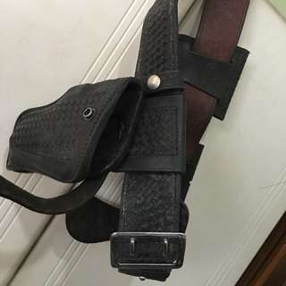 GSS 💲9️⃣8️⃣ > $98neg...! Really Rare Original Vintage NYPD Police Leather Belt, Holster, Bullet Pouch, Cuff-Holder, Etc