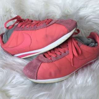 Nike Cortez US 8 Salmon Pink