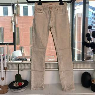Zara Mid Rise Soft Textured Jeans Size 6