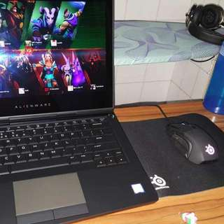 Alienware 13 R3 + Bundle