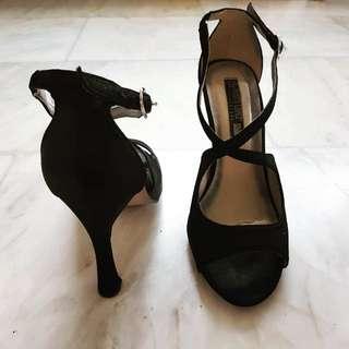 Rusty Lopez Chic Heels