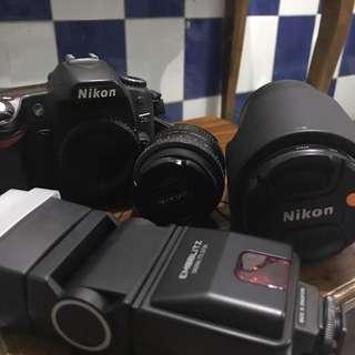 Nikon D80 (Body+Lensa 50mm+Blitz)