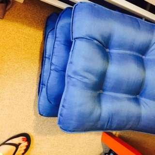 6 Chair's Cushions