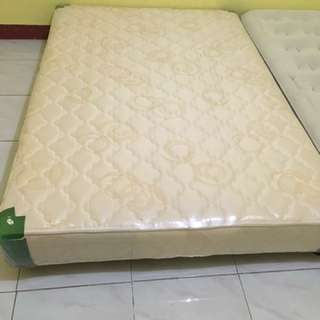 Double Bed With Pull Out Mattress