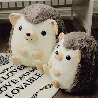 🚚 全新 現貨+預購 刺蝟抱枕 娃娃靠枕腰枕療癒公仔