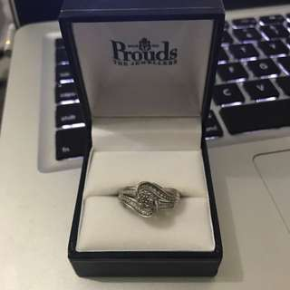 9K white gold Ring ( engagement ring )