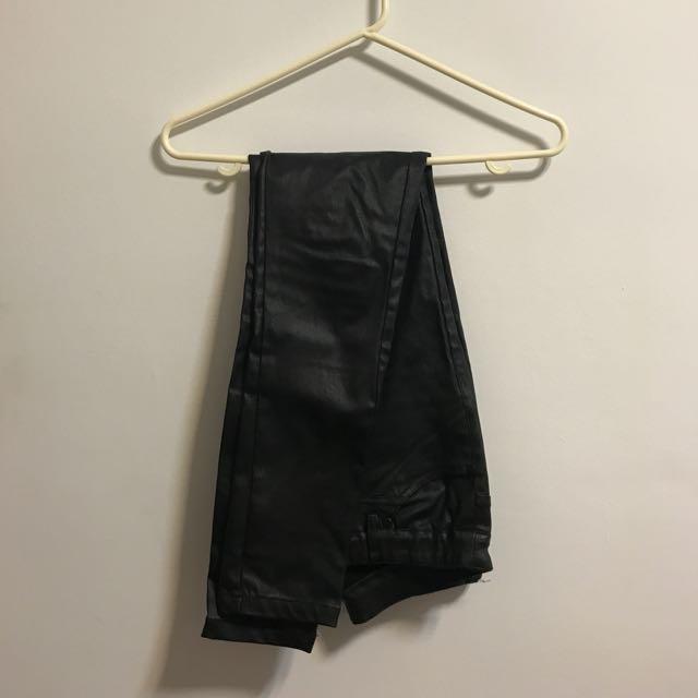 帥氣黑色彈力皮褲