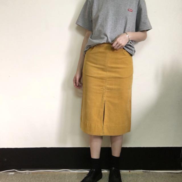 芥黃燈芯絨前開衩窄裙