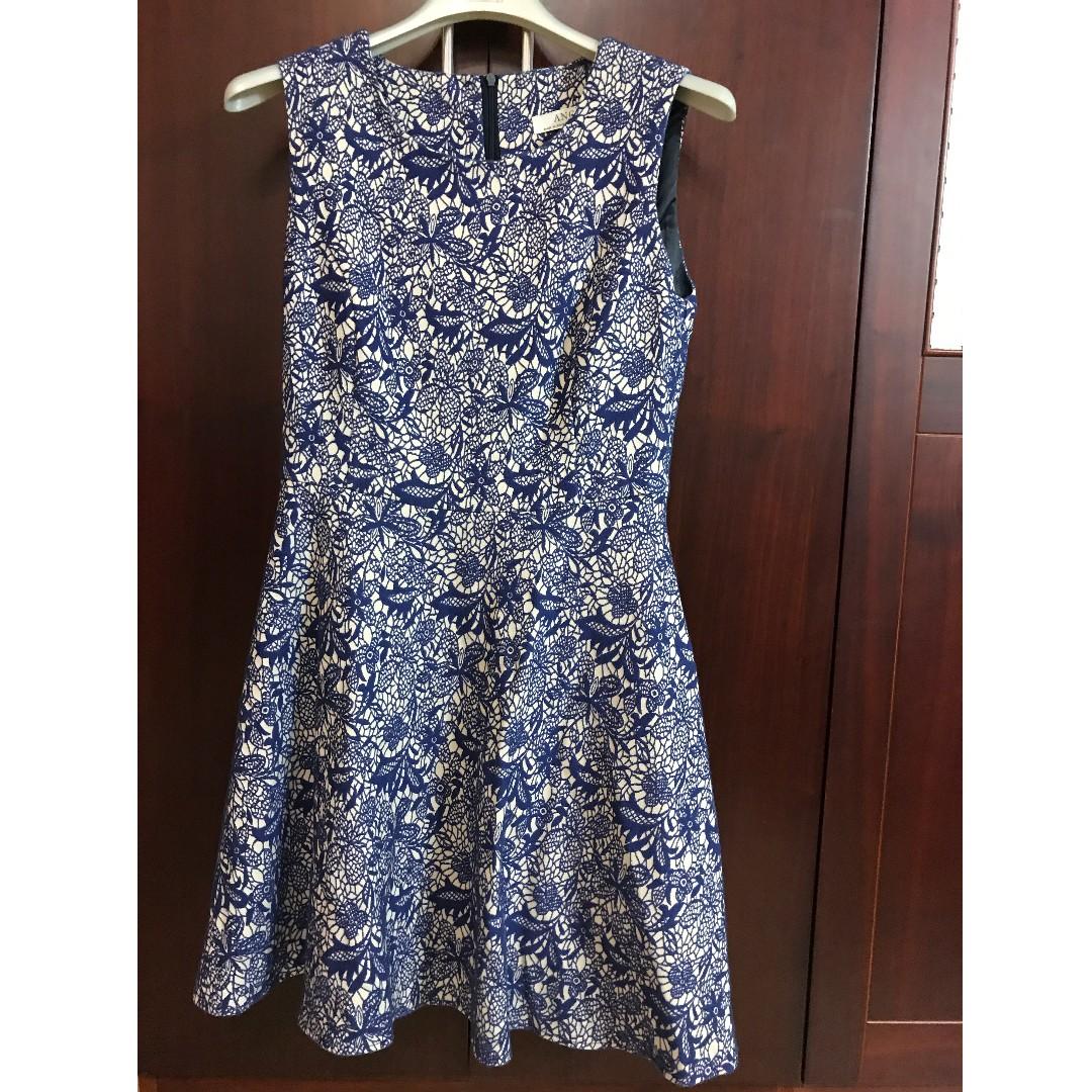 全新-正韓品牌-藍色緹花無袖小洋裝