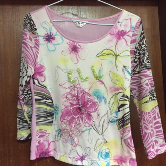 粉色 花花7分袖 絲質上衣