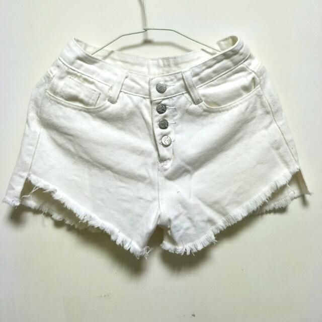 <特價含運>  白色系顯瘦短褲    TOKYOFAHION