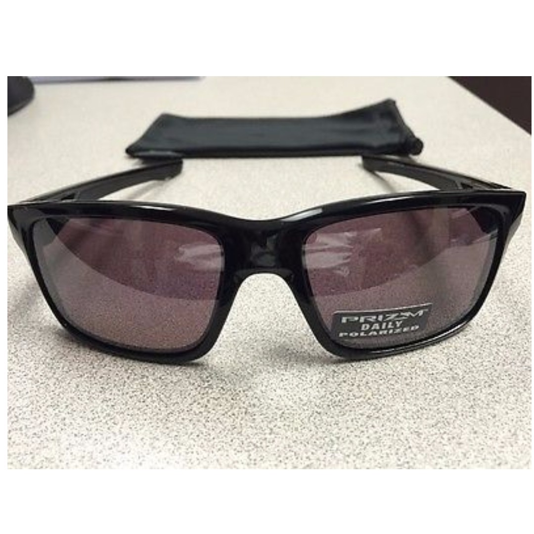 472c1cf0ca Authentic Brand New in Box Oakley OO9264-08 Sunglasses Mainlink ...