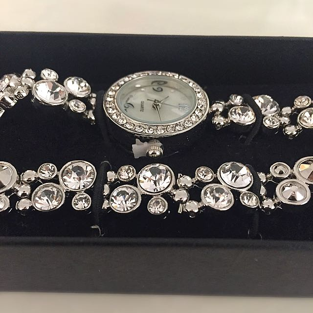 Avon Bejewelled Watch and Bracelet Set