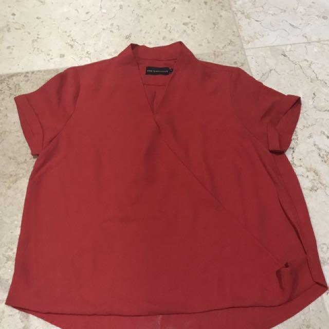 Baju The Executive Size S Warna Merah