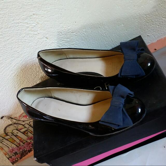 Black And BLUE formal Shoes, Size 5