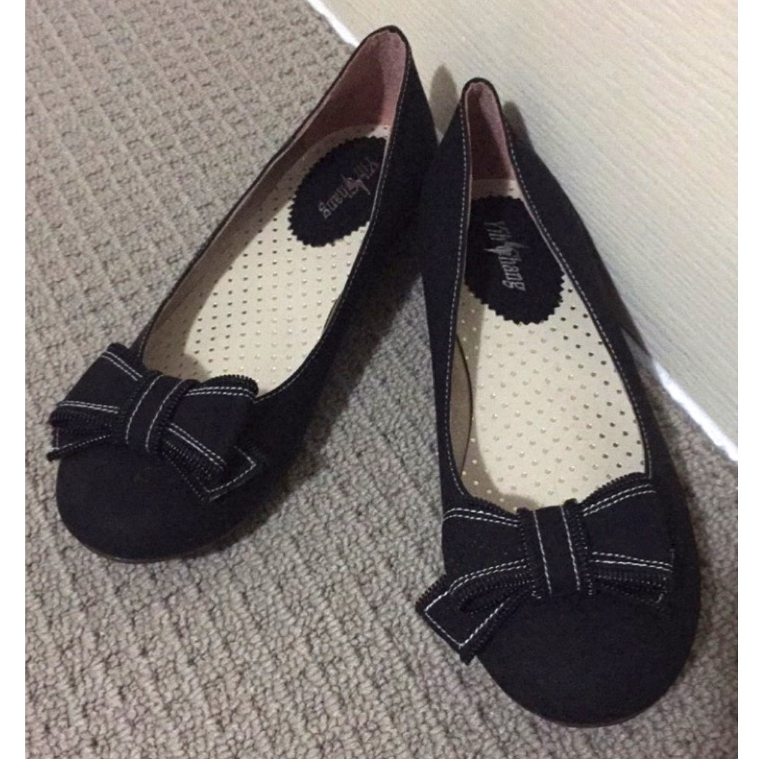Black Ballet Flats with Bow