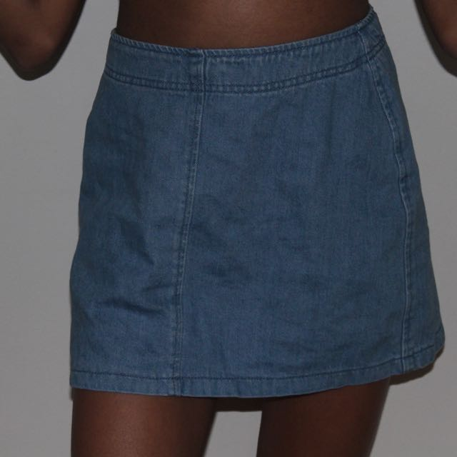 Denim blue short skirt