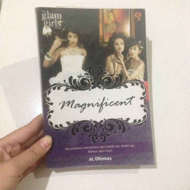 Glam Girls - Magnificent